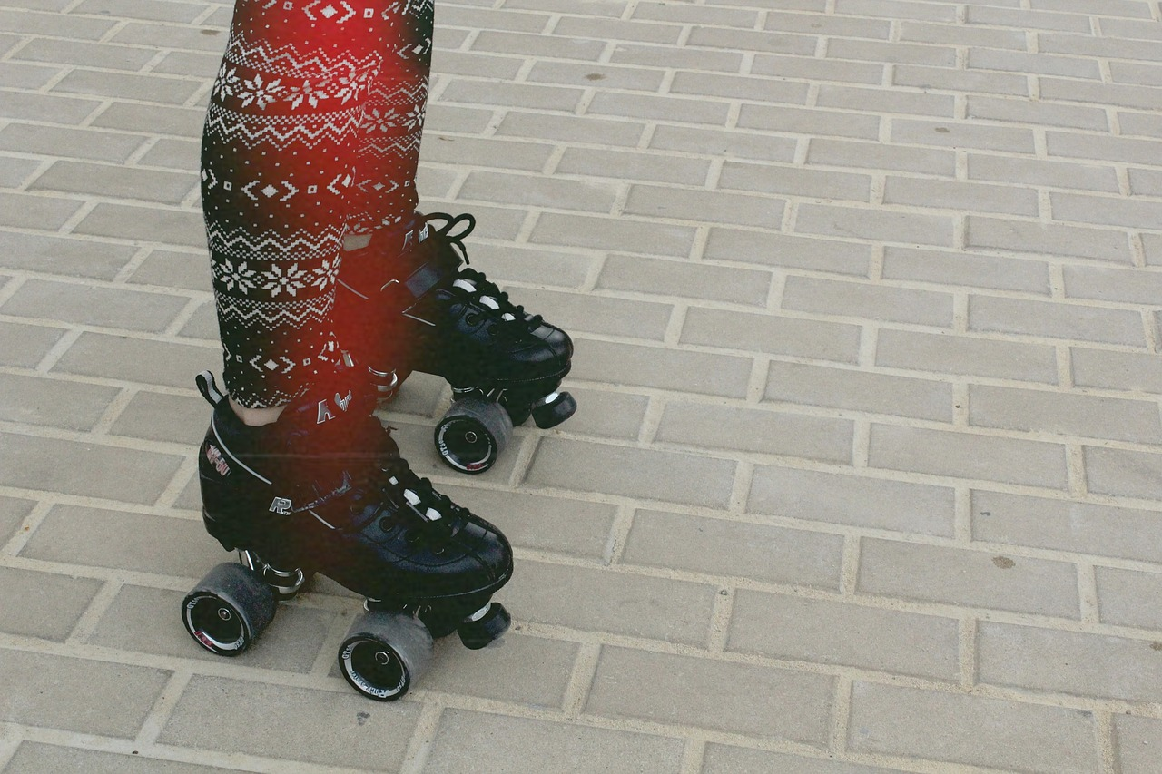 roller-skates-691734_1280